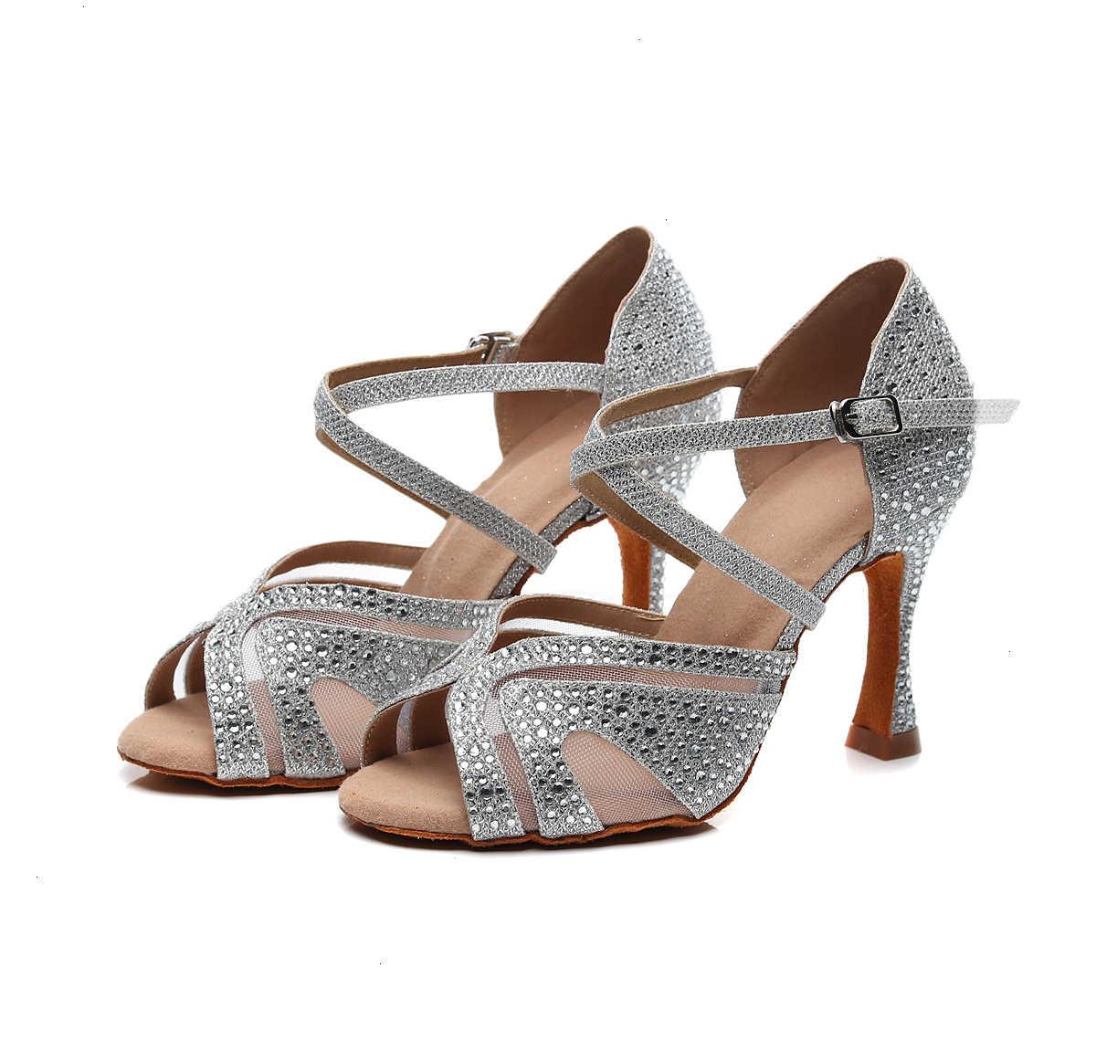 Profesyonel Salsa caz balo salonu Latin dans kırmızı ayakkabılar dans kadın artı boyutu bayanlar Latin topuk yaz siyah sandalet