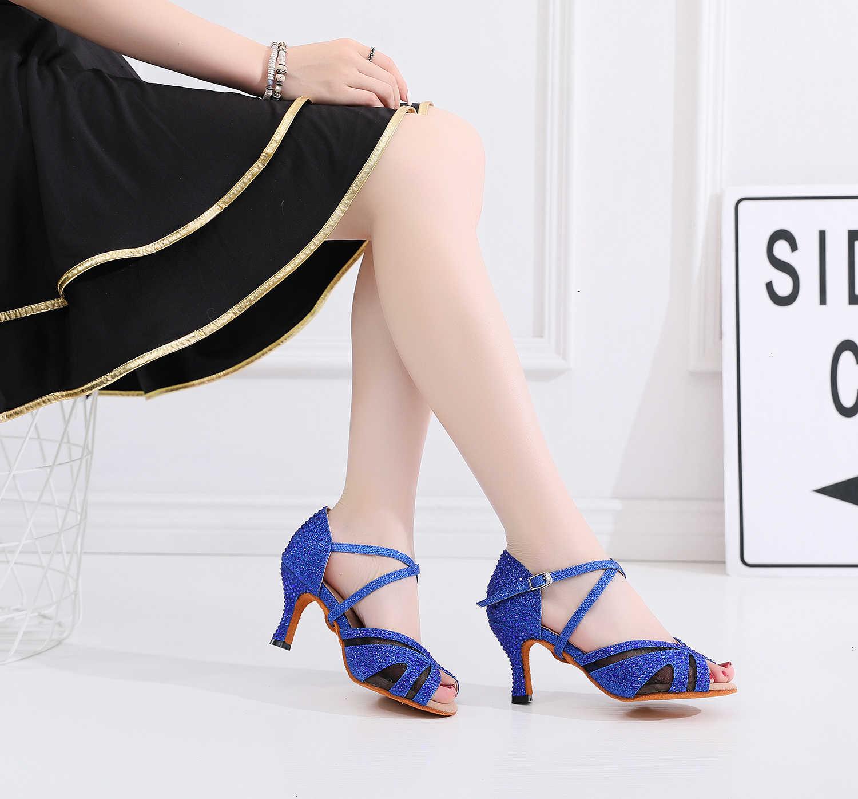 Lüks 2019 caz Salsa balo salonu Latin dans ayakkabıları dans kadın dansçılar küçük ayak yüksek topuklu Schoenen yaz sandalet