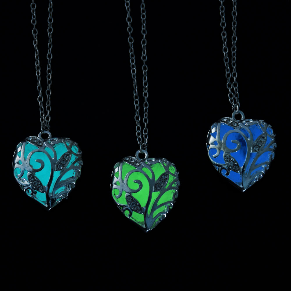 Nuevo Glow In The Dark Locket Hollow Glowing Stone Colgante Declaración Chocker Colgantes Collar Para Mujeres P1170