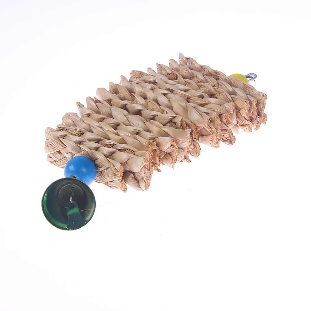 Burung Beo Mainan dengan Bell Kayu Alami Rumput Mengunyah Gigitan Gantung Kandang Swing Mendaki Mengunyah Mainan Parrot Kandang Liontin Mainan