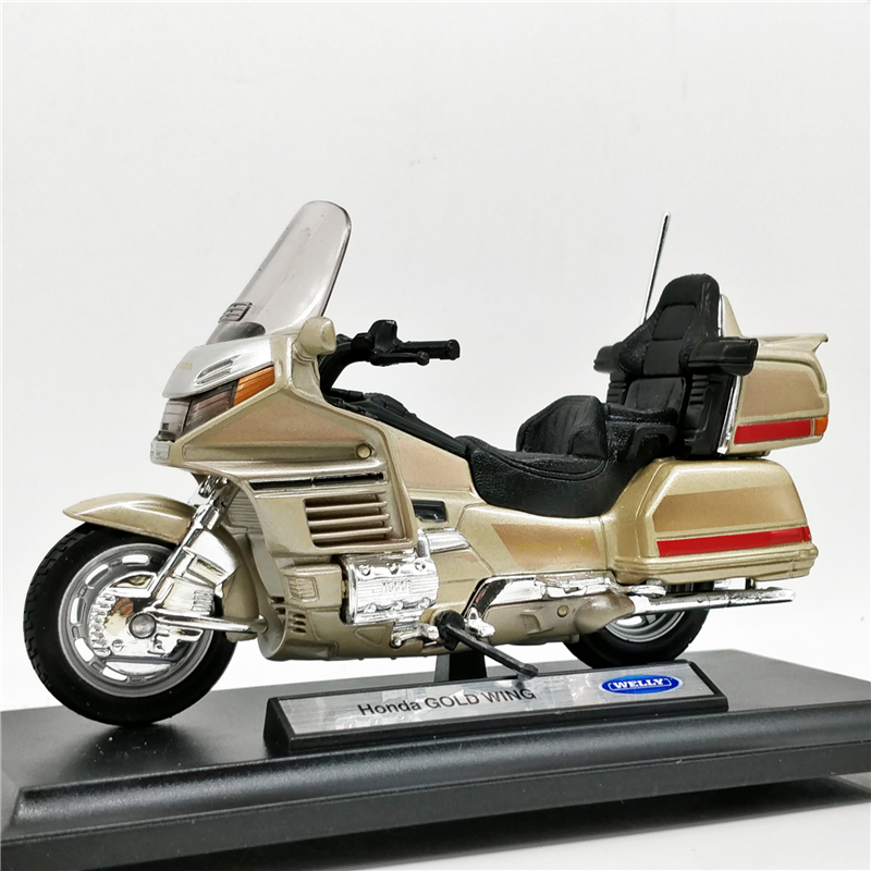 Welly 1:18 Honda Gold Wing Gold Diecast Motorcycle