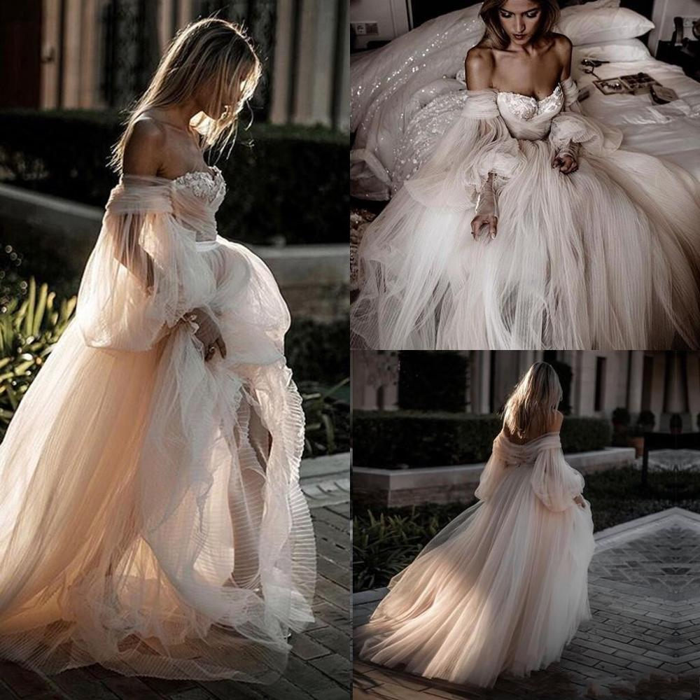 Charming Off The Shoulder Beach Wedding Dresses 2020 Romantic Full Tulle Lantern Sleeves Fairy Countryside Bridal Gowns