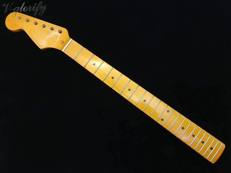Left Hand ST Full Maple Guitar Neck High Gloss Yellow Color 21 Frets 22 Frets Guitar Neck 648mm Scale With Middle Line