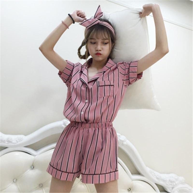 Nieuwe Hete Verticale Strepen Thuis Pyjama Met Korte Mouwen + Shorts Haarband Driedelig Pak Multi-Color Bloemen Service