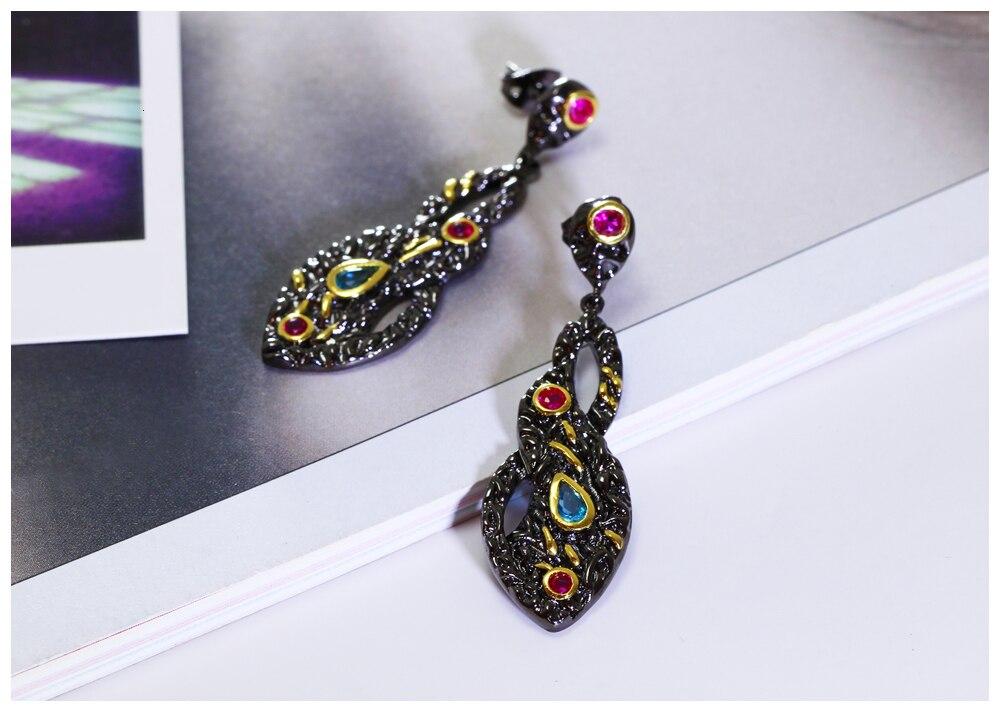 black earrings 07