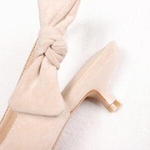 Image 4 - 2020 เซ็กซี่บางรองเท้าส้นสูงรองเท้าผู้หญิงหนัง Faux Suede หนัง Pointed Toe ปั๊มสำนักงาน Lady Butterfly Knot รองเท้าแตะผู้หญิง