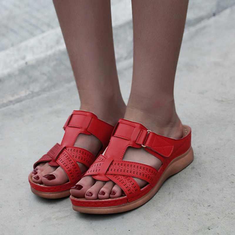 Kadın rahat sandalet kadın düz renk kalın taban çapraz sürükle bayan ayakkabı sandalet 2020 yeni sandalet