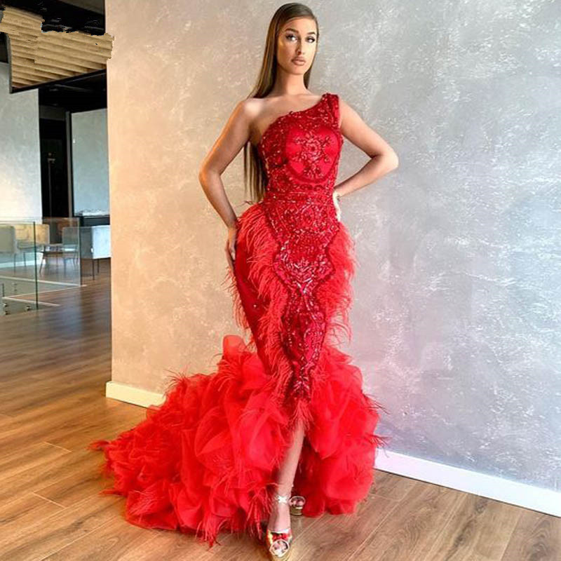 Red One Shoulder Mermaid Evening Dress Luxury Feathers Beaded Ruffles Formal Prom Dresses Front Slit Party Gown Robe De Soiree
