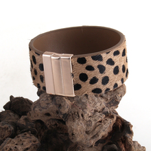 MD Fashion 2.8cm Leather Armbander Magnetic Clasp Real Leopard Horsetail Leather Wrap Brace