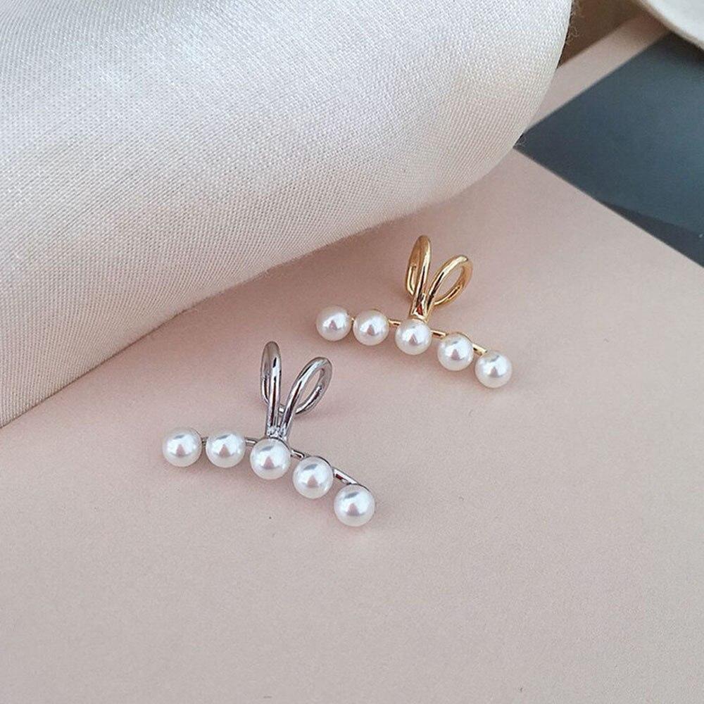 1Pcs Pearl Ear Clip Female Curved Single Painless Ear Bone Clip Korean Version Simple No Piercing Earrings Jewelry(China)