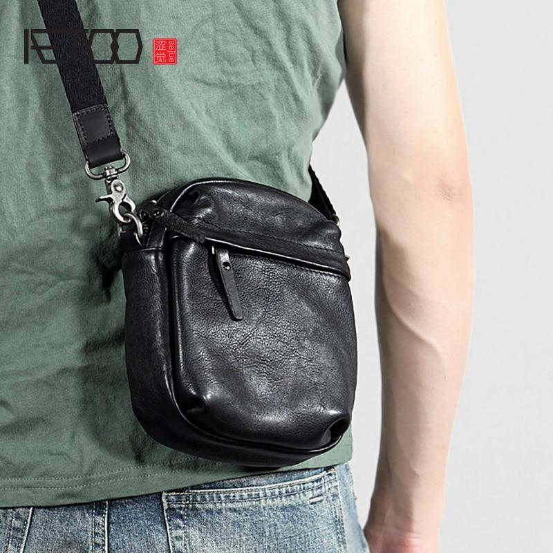 Mens leather single shoulder bag,pure color lychee wrap.