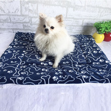 Soft Dog Cat Pet Winter Warm Mats Pet Cat Sofa Cushion Home Fur Bed Pad Self Heat Rug Thermal Washable Pillow Mat Slipcover(China)