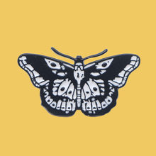 O207 Harry Style Butterfly Cool Tattoo Enamel Pin Brooches Cartoon Creative Metal Brooch Pins Denim Hat Badge Collar Jewelry(China)