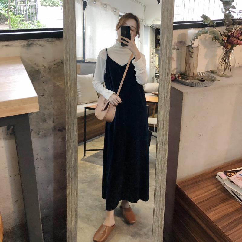 Photo Shoot South Korea Autumn And Winter New Style Retro Versatile Gold Velvet Slit Underwear Strap Dress Women's