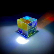 Шестисторонний яркий светильник куб витражное стекло призма