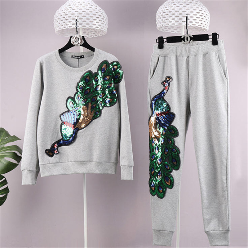 Autumn Winter Suits Sports Warm Peacock Sequined Spring Autumn Thicken Suit Women Sport Fashion 2 Piece Set Women Wt1389