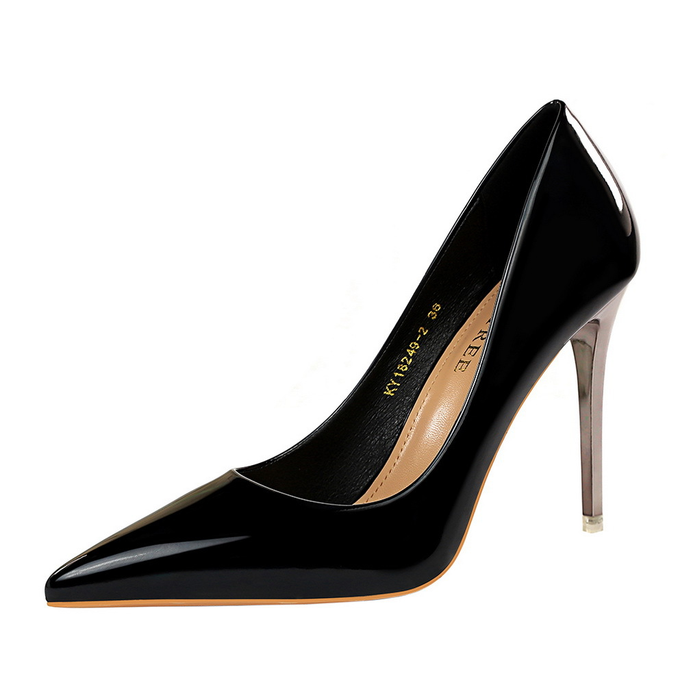Patent Leather Pumps 2020 Pointed Toe Girl Thin Heel Woman Shoes Fashion Design Lady High Heels Elegant European Women's Shoes
