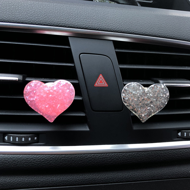 Bling Car Accessories For Girls Car Aroma Diffuser Mini Heart Shape Flavoring For Car Fresheners Auto Perfume Car Air Vent Clip