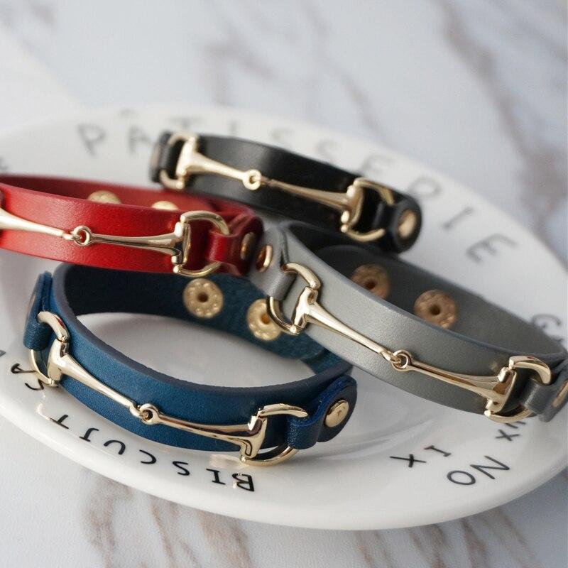 2019 New Fashion Gold Metal V Lady Adjustable Button Bracelet Women Men Brown Black White Initial Letter Leather Wrap Bracelet