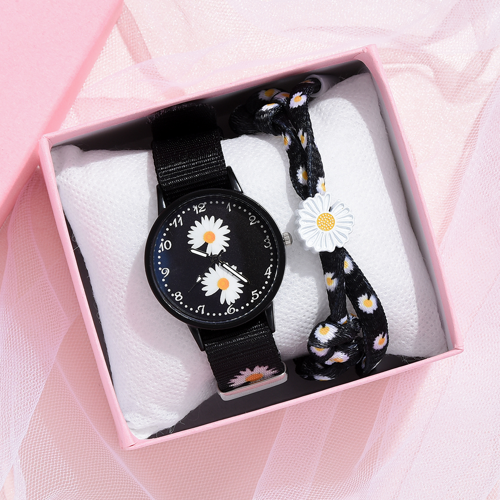 Women Fashion Nylon Strap Dress Quartz Watch Simple Wild Girlfriends Couple Watch Birthday Gift Women Small Daisy Wrist Watch