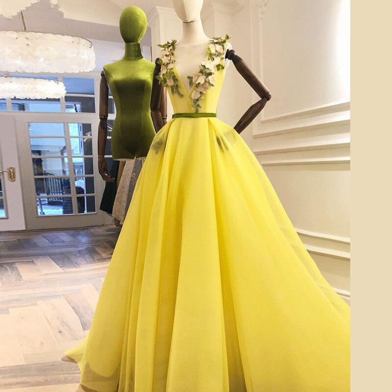 Yellow Muslim   Evening     Dresses   2019 A-line V-neck Tulle Flowers Plus Size Islamic Dubai Saudi Arabic Long Formal   Evening   Gown