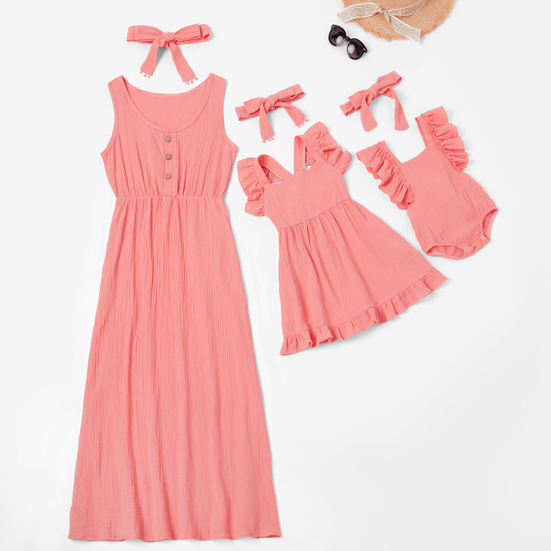 Mère et enfants décontracté bouton robe solide correspondant mignon bébé barboteuse robe d'été maman bébé famille vêtements tenues robe en coton