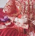 Klassischen Chinesischen Palast Hand Fans Hochzeit Gefälligkeiten Vintage Gold Quaste Rot Brautjungfer Hand Fan Decor Zubehör LF581-in Dekorative Lüfter aus Heim und Garten bei