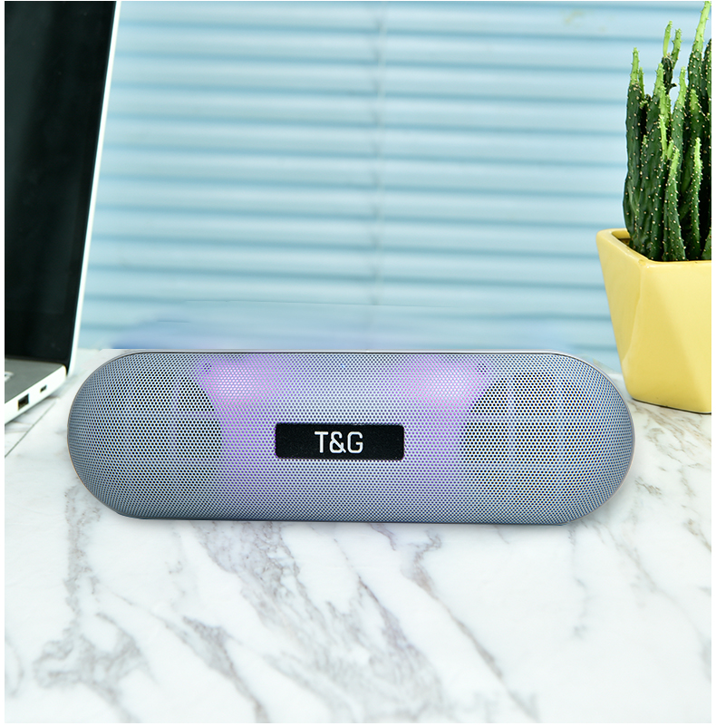 LED Metal Bluetooth Outdoor Speaker-Super Bass H61b2620bb9bb4c238d4049fb45f056a2f speaker