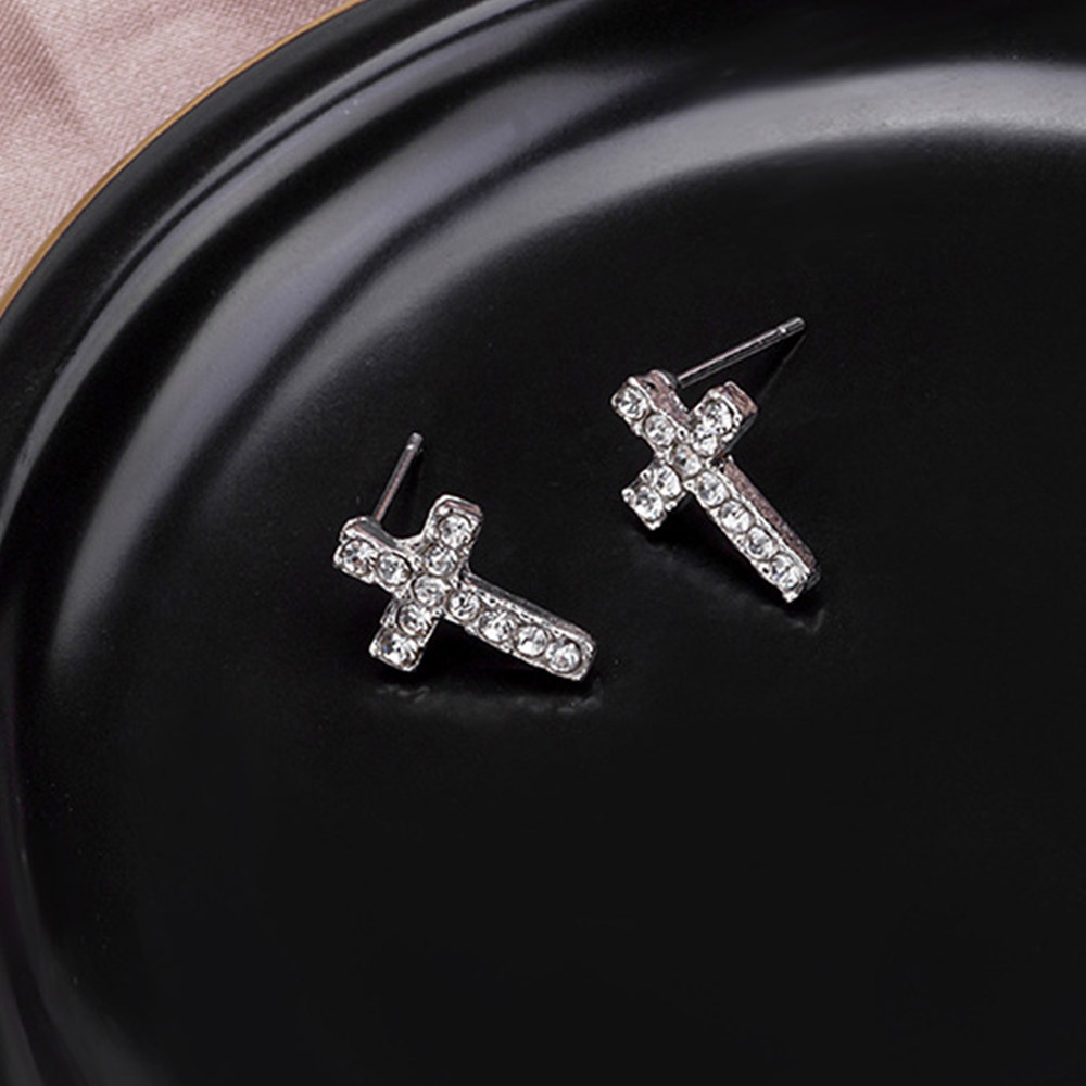 Simple Cute Small Crystal Cross Stud Earrings For Women Silver Color Earring Female Religious jewelry Earings aretes de mujer