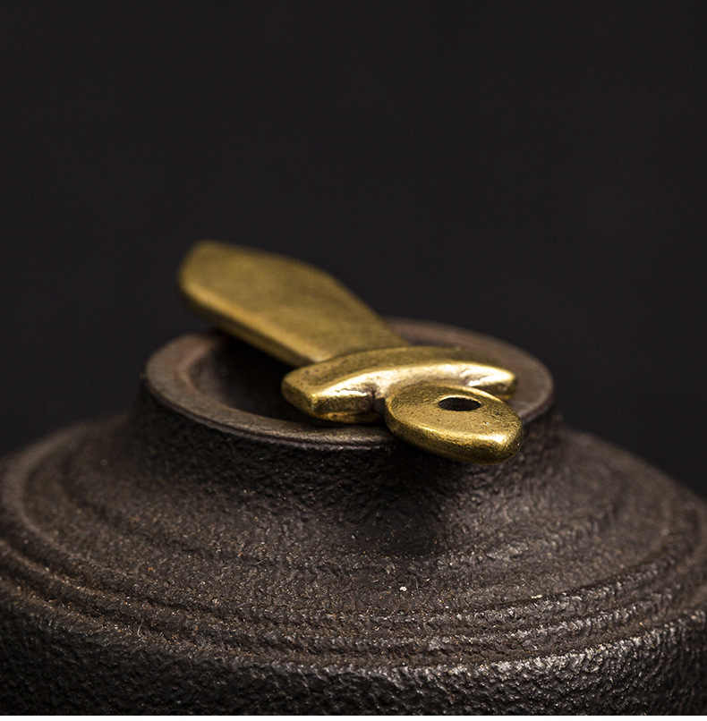 בעבודת יד טהור פליז חרב דגם קרפט DIY קישוט מיניאטורי נייד הולם Keychain תליון מזכרת מתנה a0785