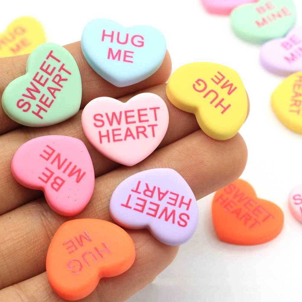 20Pcs Hug Me Sweet Heart Resin Decoration Crafts Flatback Cabochon Scrapbooking Fit Hair Bow Embellishments Diy Crafts