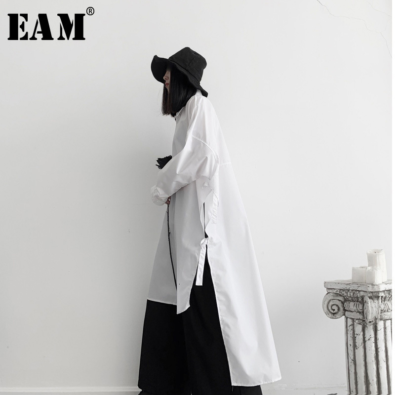 [EAM] Women Side Vent Split Big Size Long Blouse New Lapel Long Sleeve Loose Fit Shirt Fashion Tide Spring Autumn 2020 19A-a640