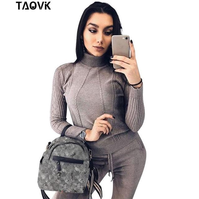 TAOVK yumuşak örme takım elbise sıcak kazak takım elbise kadın büküm örgü balıkçı yaka kazak üst ve pantolon gevşek stil eşofman ropa