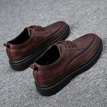 ¡Producto en oferta! Zapatos de ocio de cuero a la moda para hombre, zapatos para hombre 2020 planos, zapatos negros informales de primavera para hombre