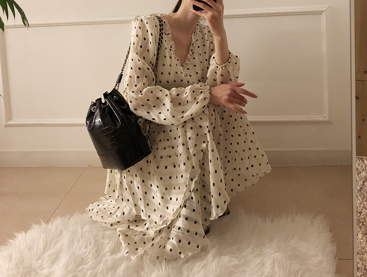H61cc200d3e644a3cab554cbb114089e8Y - Autumn V-Neck Long Sleeves Satin Polka Dots Multi-Layers Midi Dress
