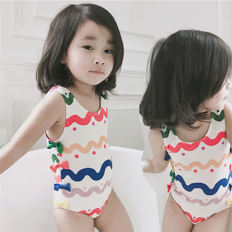 2019 New Style Infants Child Lettered Rainbow Bathing Suit Girls Bow One-piece Swimming Suit Wave Hipster Tour Bathing Suit