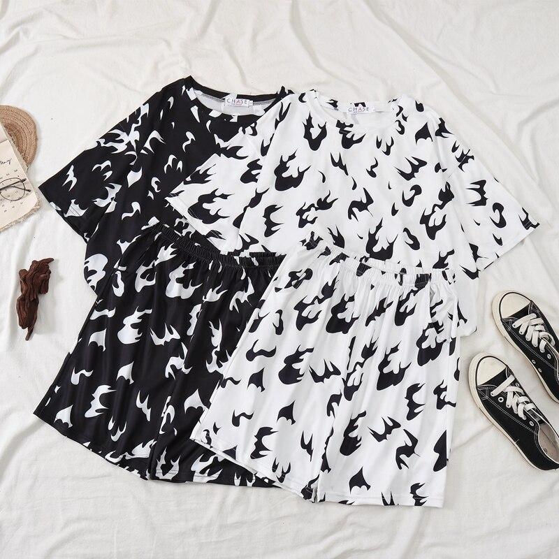 Billie Eilish T Shirt Sets Women Hiphop Streetwear White Fire And Black Flame Summer Shirt And Pants Sets Clothes Harajuku