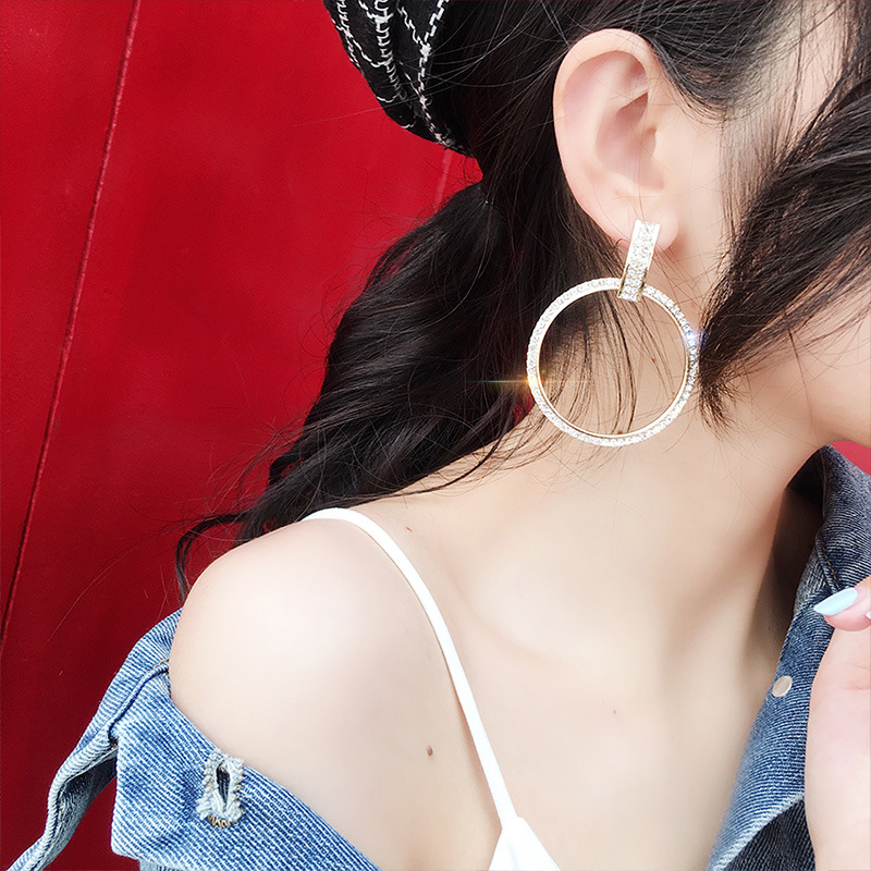 New-Zinc-Alloy-Classic-Round-Women-Dangle-Earrings-Fashion-Exaggerated-Korean-Atmospheric-Jewelry-Female-Simple-Earrings (1)