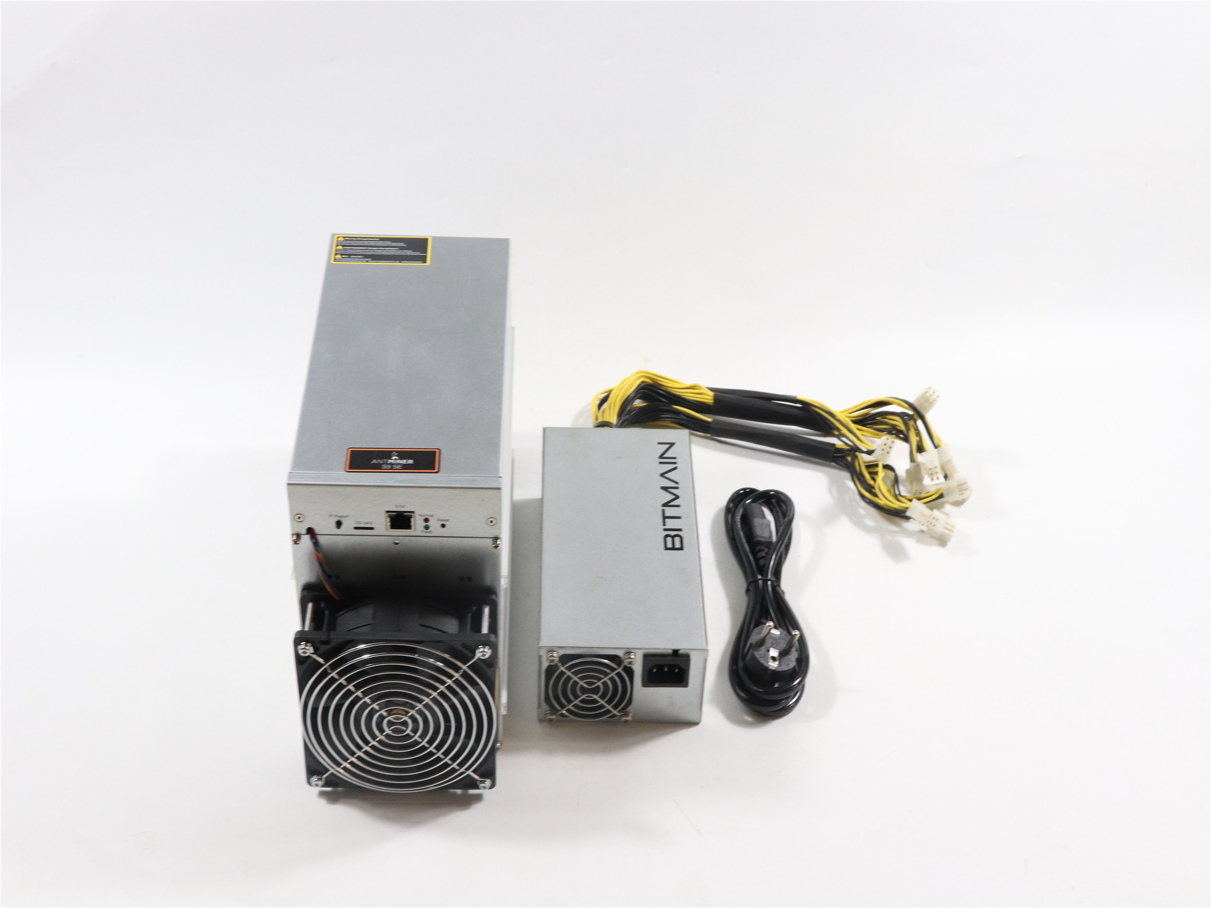 BITMAIN used AntMiner S9 SE 16TH/S With PSU Bitcoin BTC BCH Miner Better Than Antminer S9 13.5t 14t S9k S11 S15 S17 T9+ T15 T17 4