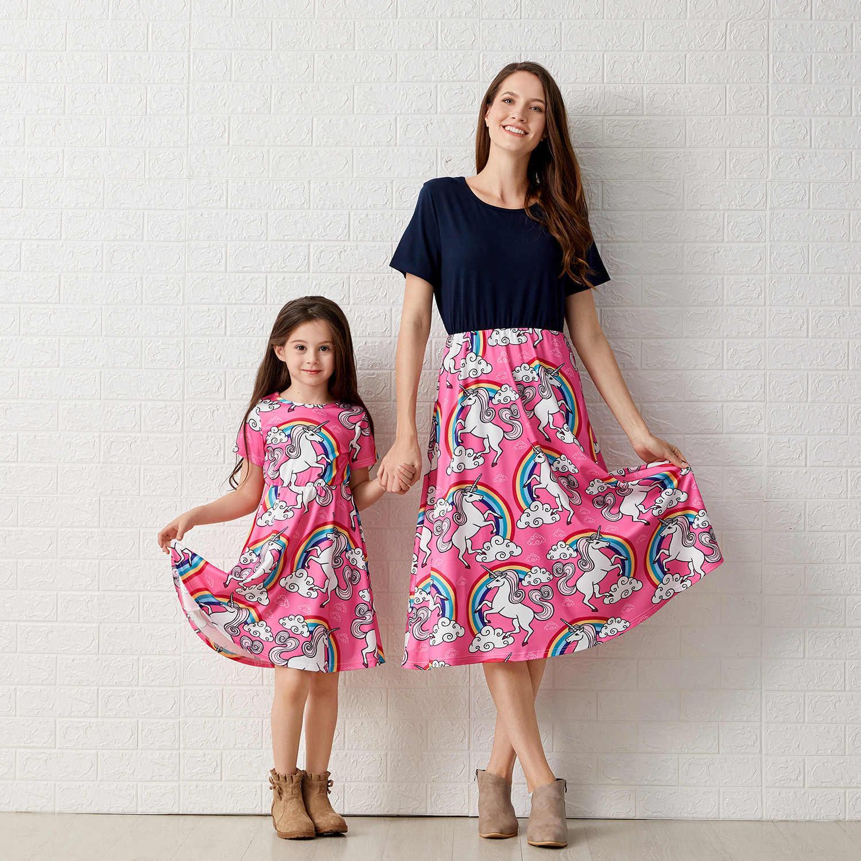 Mutter Tochter Kleider Kurzarm cartoon Einhorn Mama Und Tochter Kleid  Mädchen frauen Kleid Familie Kleidung Passenden Outfit