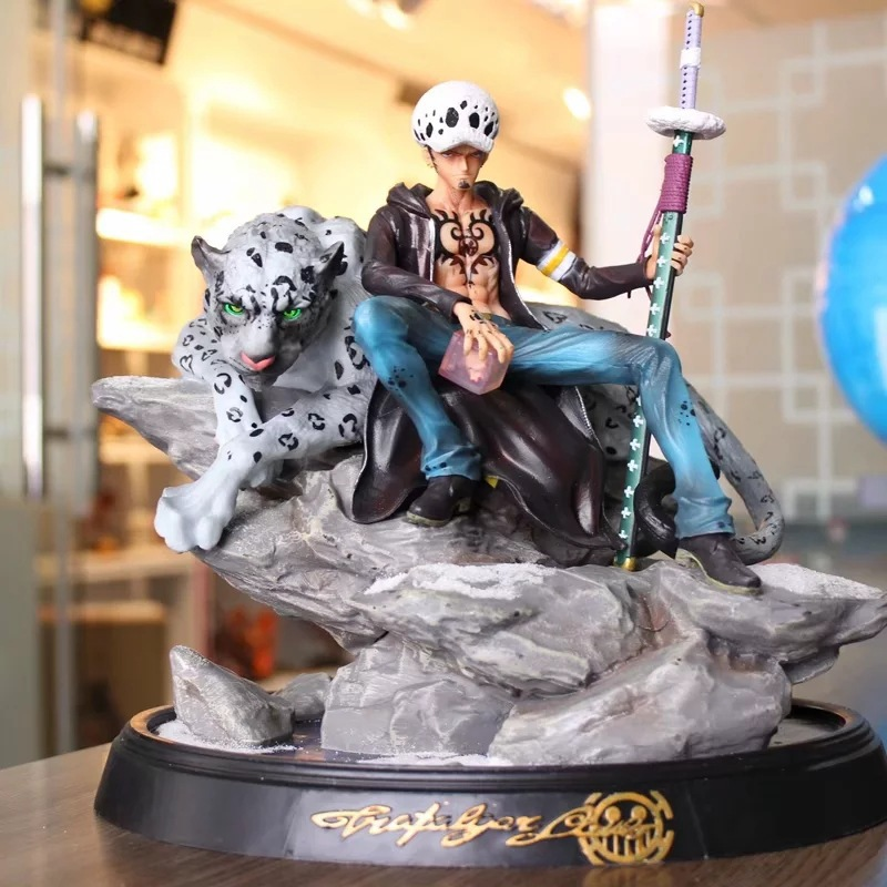 Japanese Anime One Piece Trafalgar D Water Law GK Leopard Statue PVC Action Figure Collection Model Toys Doll Gift Brinquedos