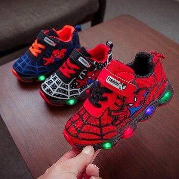 цена 2020 Hot sales Spider man baby casual shoes LED lighting New cartoon baby sneakers cool infant tennis baby girls boys shoes онлайн в 2017 году