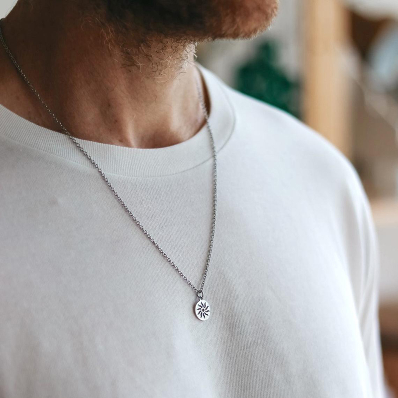 2020 Fashion New Simple Yin Yang Pendant Necklace Men Stainless Steel Link Chain Men Necklace Jewelry Gift Special Discount Ebc509 Cicig