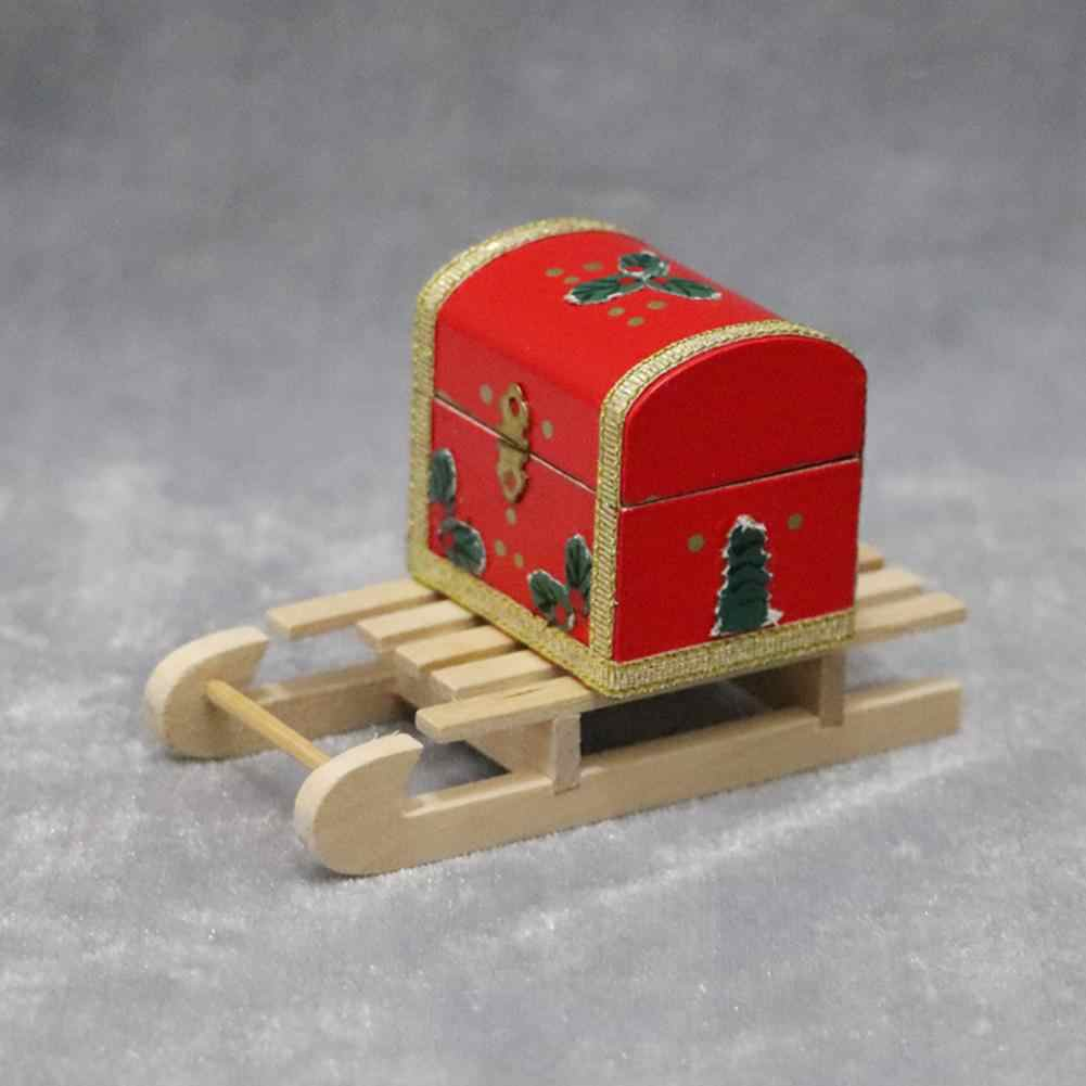 1/12 Mini Wooden Sleigh Gift Box Model DIY Christmas Landscape Dollhouse Accessory Toy House Model DIY Landscape Accessories