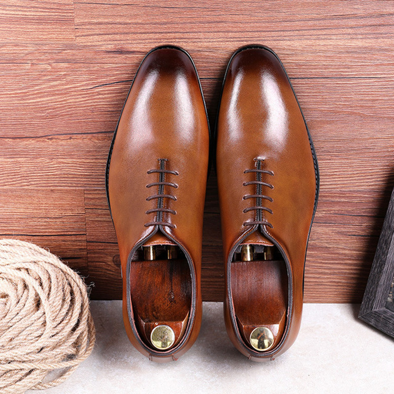 2020 Summer Men Genuine Cow Leather Brogue Wedding Business Mens Casual Flats Shoes Black Vintage Oxford Shoes For Men's Shoes
