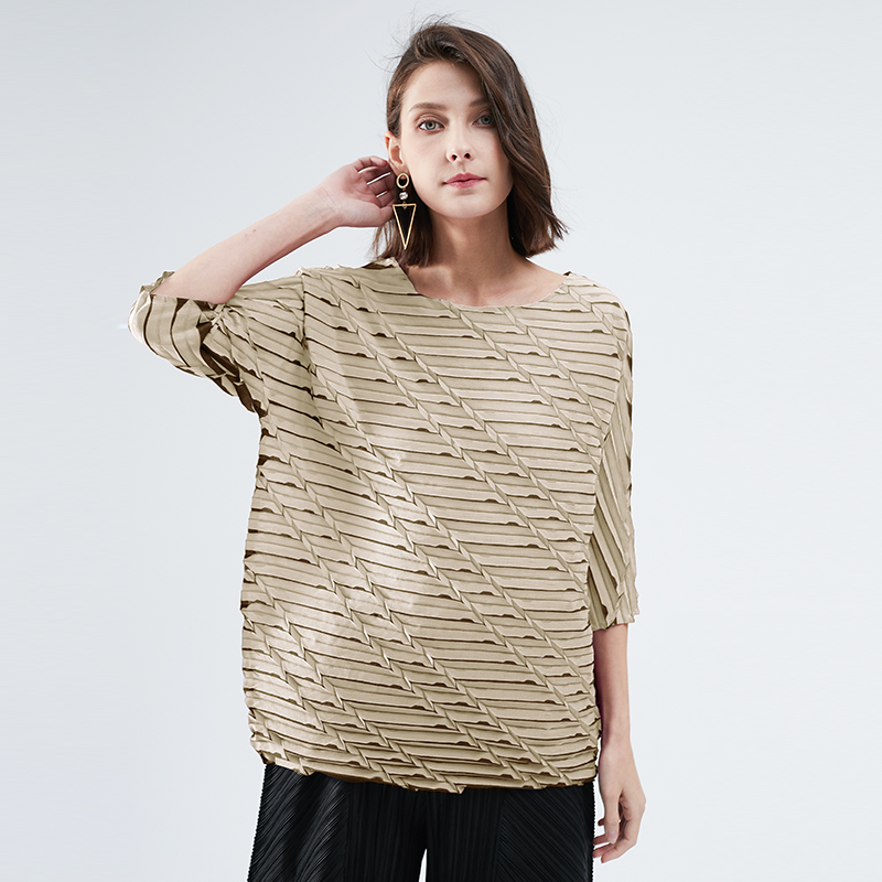 Miyake camisetas plisadas para mujer, abrigo holgado con diseño de rombo para mujer, ropa de estética con tinte estampado de cadena diagonal vintage 2020 Camisetas  - AliExpress