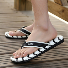 Fashion Men Slippers 2018 Summer Beach Slippers Shoes Men Flip Flops Flat Heels Male Slides Casual Shoes Flat Shoes