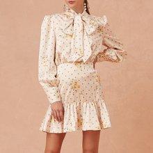 Элегантное платье в горошек с круглым вырезом женское без рукавов