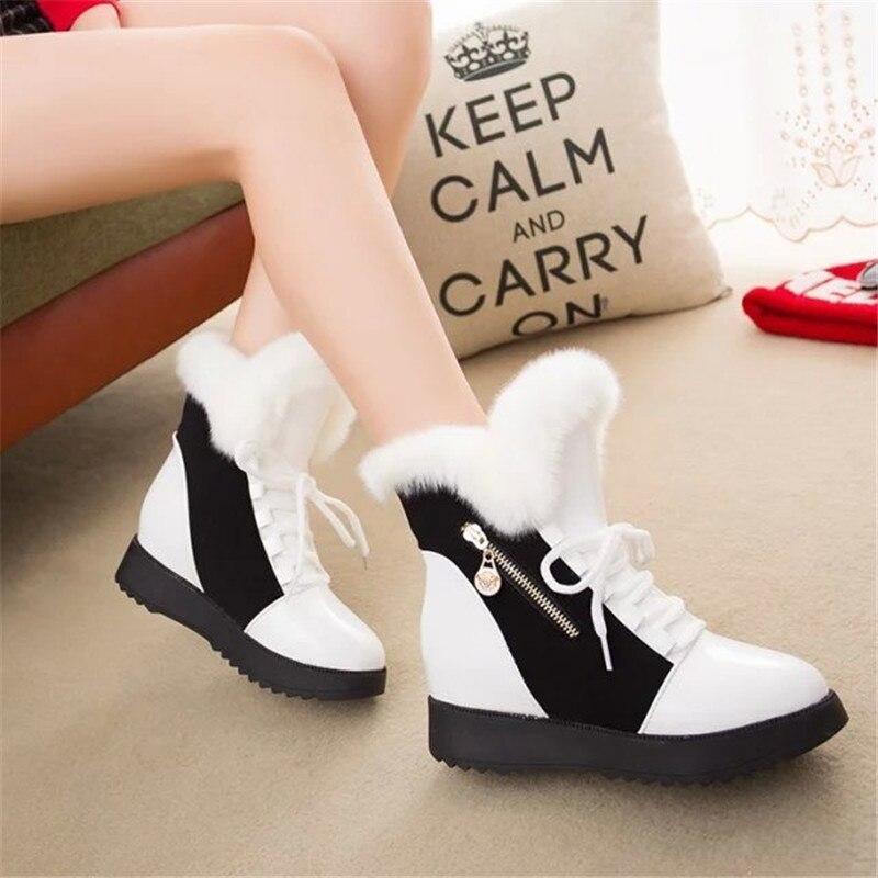 Botas de nieve para mujer 2019 botas de invierno de piel de lana Natural para mujer cómodas zapatos planos con cordones decoración de Metal