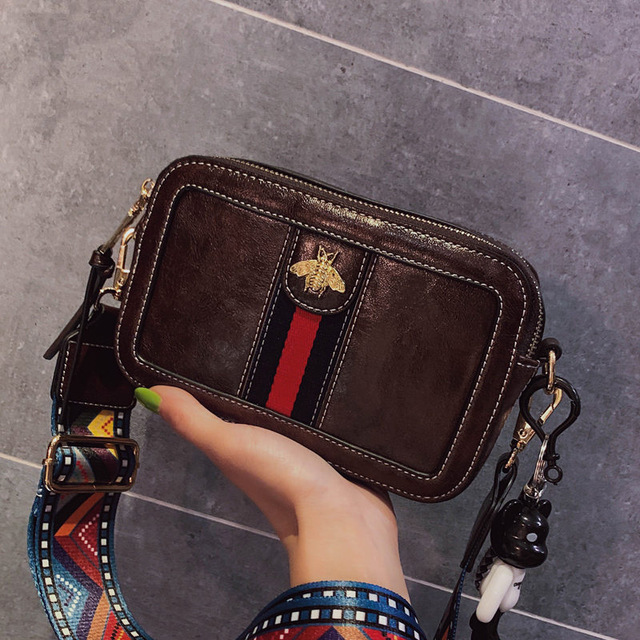 Small Women's Bag Bee Appliques Flap Bag For Girl Female PU Leather Messenger Bag Crossbody Bags For Women Animal Print Package